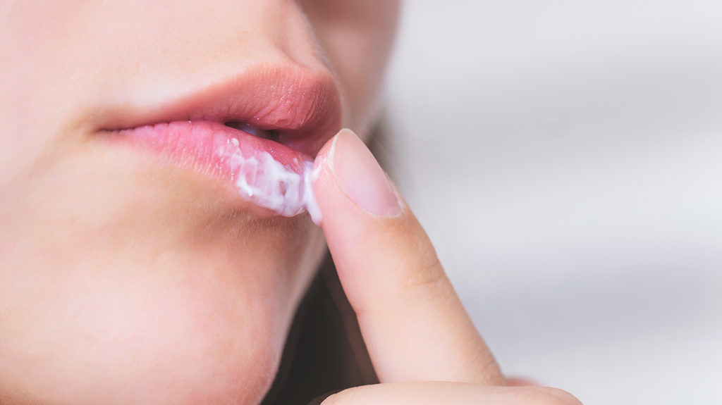 Popping a cold sore: Is it bad? What to do instead